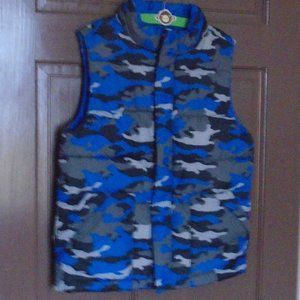 GYMBOREE Boys Camo Puffer Vest
